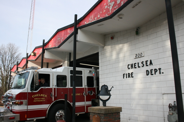 chelsea_fire-house_front_ 1_11-26-10.JPG